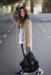 la-tienda-de-pauda-beige-reiko-chaquetas~look-index-middle