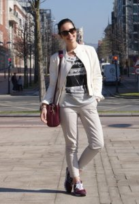zara-chaquetas-pull-bear-t-shirts~look-index-middle