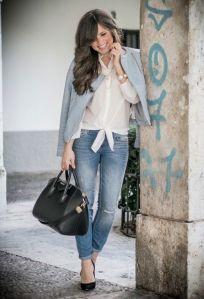 blazer azul jeans y negro decharcoencharco