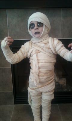 momia disfraces halloween www.decharcoencharco.com