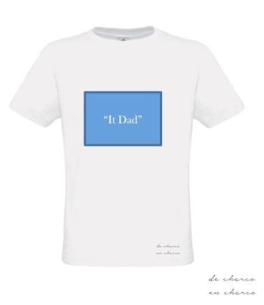 camiseta hombre it dad rectangulo azul 2 www.decharcoencharco.com
