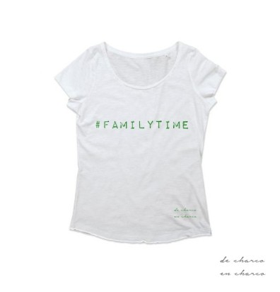 camiseta mujer familytime blanco con verde www.decharcoencharco.com