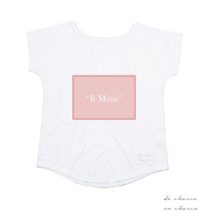 camiseta mujer it mum rectangulo rosa 2 www.decharcoencharco.com