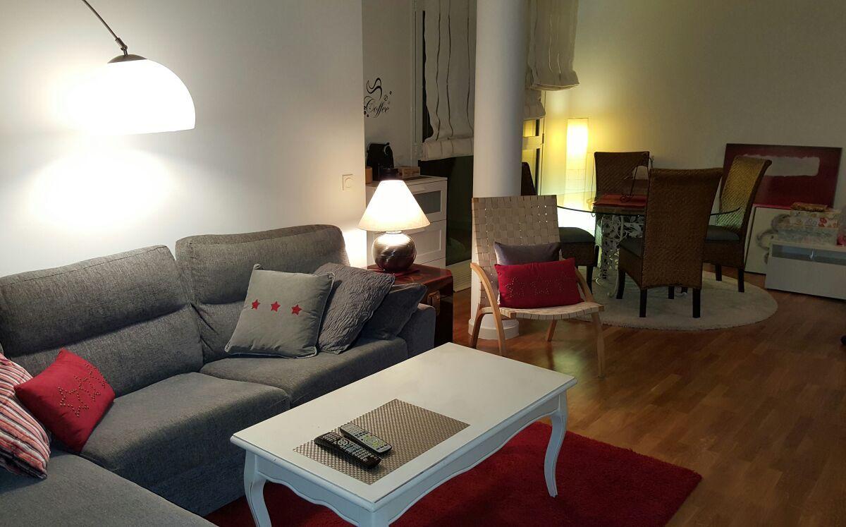Una idea para la decoraci n de tu casa gris y rojo te for Decoracion casa rojo