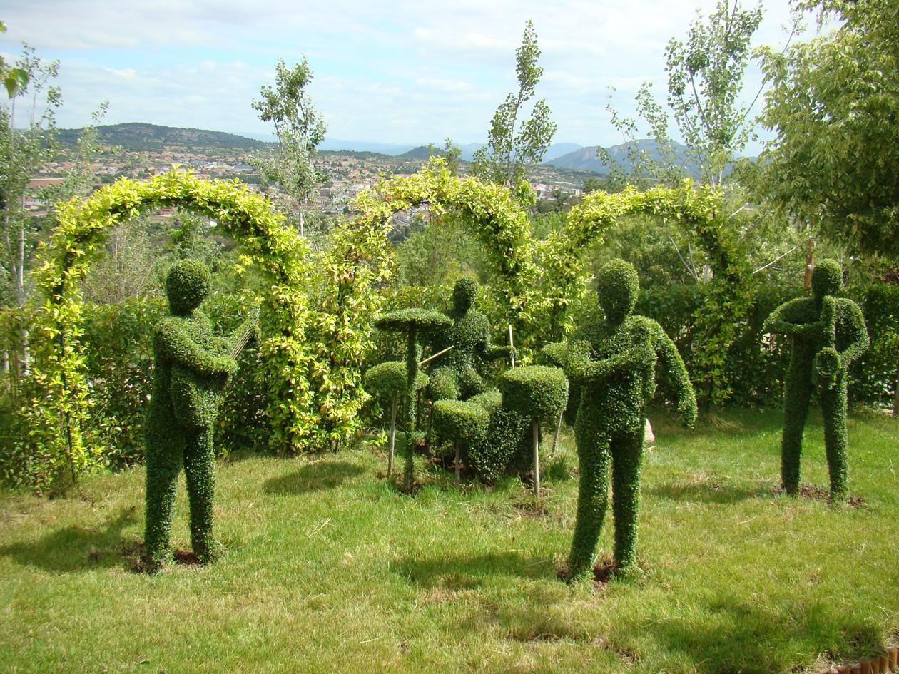 Quieres conocer el bosque encantado un plan para ir con los ni os original y divertido - Jardin encantado madrid ...