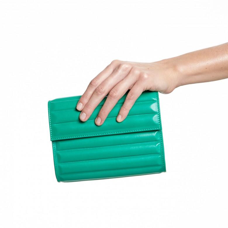 bolso verde malababa www.decharcoencharco.com